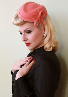 #vintage #hair #style #hairstyle #hairstyles #waves #curls #roll #40's #50's #rockabilly #hat