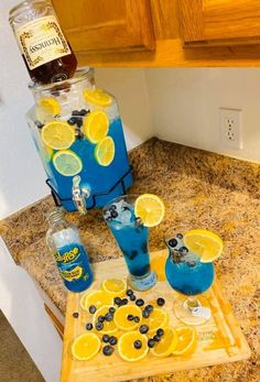 Discover recipes, home ideas, style inspiration and other ideas to try. Mixed Drinks Alcohol, Party Drinks Alcohol, Liquor Drinks, Alcohol Drink Recipes, Cocktail Drinks, Cocktails, Punch Recipes, Summer Drinks, Fun Drinks