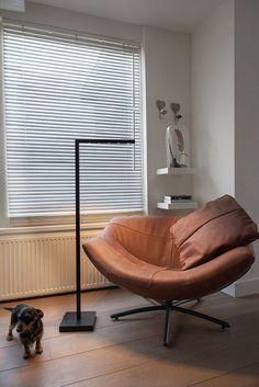 Combo Design is officieel dealer van Label!  ✓Gigi fauteuil makkelijk bestellen ✓ Gratis offerte aanvragen ✓ Altijd de scherpste prijs Chill Lounge, Mega Mansions, Design Room, Interior Design, My House, Armchair, Relax, Leather Chairs, Modern Living