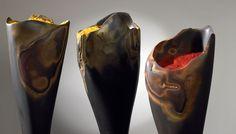 HUGO ZAPATA, escultor Medellin, colombia.piedra y pigmento .  Hugo Zapata.com