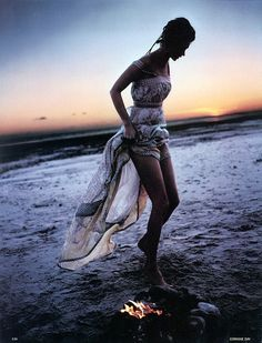 Gypsy boho beach chic dress. For MORE Bohemian fashion trends for 2014 FOLLOW http://www.pinterest.com/happygolicky/the-best-boho-chic-fashion-bohemian-jewelry-gypsy-/ now.