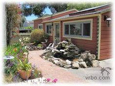 Butterfly Cottage in Pacific Grove, California. We stayed here over Thanksgiving Cute, right in PG. Not a very serviceable kitchen - only a microwave, though. But we loved the area! Vacation Places, Vacation Rentals, Carmel By The Sea, Great Vacations, Beach Town, Us Travel, Trip Planning, Countryside, Ideal Home
