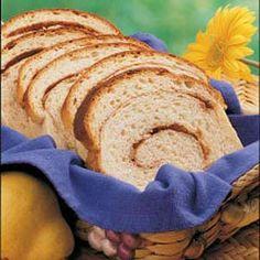 Cinnamon-Swirl Pear Bread Recipe -Pears add moisture to this delightful bread… Pear Bread, Pear Recipes, Yummy Recipes, Yummy Food, Cinnamon Almonds, Juicy Fruit, Sunday Brunch, Sweet Bread, Us Foods
