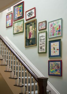 Whether it's through a rich, colorful runner or a unique gallery wall, a well-decorated staircase can expertly lead you from the motif of one space to another. Get inspired by these creative ideas to take a staircase walls and banisters to the next level. Gallery Wall Staircase, Staircase Wall Decor, Stair Decor, Staircase Design, Gallery Walls, Staircase Ideas, Stairway Picture Wall, Decorating Stairway Walls, Foyer Staircase