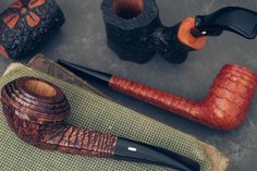 Spiraling stemwork Le Dune finishes and more are on site now in this 12 pipe Castello update. http://smokingpip.es/2xSNsBc