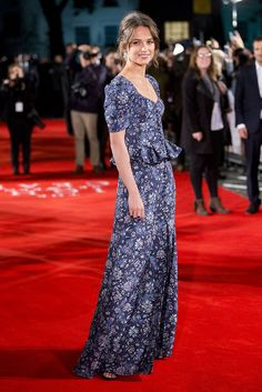 Digging Alicia Vikander's blue floral Louis Vuitton dress and laid-back hair at the premiere for The Light Between Oceans in London this week <3