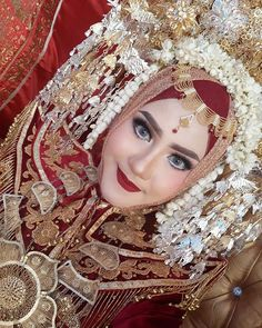 Every year on your birthday, you get a chance to start new. Don't just count your years, make your years meaningful. You don't get older,… Royal Wedding Gowns, Muslimah Wedding, Make Up Pengantin, It's Your Birthday, Count, Wedding Invitations, Dream Wedding, Wedding Decorations, Wedding Inspiration