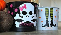 Trick or Treat! Happy Halloween with DIY Candy Pails! #SilhouetteProjects #VinylProjects