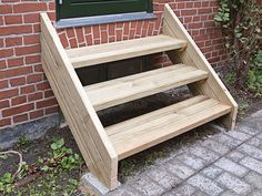 Backyard, Patio, Hens, Garden Furniture, Tiny House, New Homes, Woodworking, Diy Projects, Treehouse