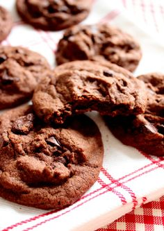 Wicked sweet kitchen: Chewy double chocolate chip cookies