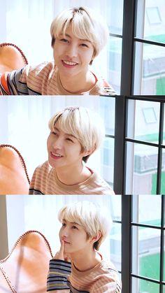 Nct Logo, Polyamorous Relationship, Huang Renjun, Jisung Nct, Little Twin Stars, Kpop, Winwin, Pop Group, Boyfriend Material