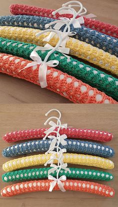 Beginner Crochet Projects, Crochet For Beginners, Crochet Gifts, Free Crochet, Wooden Coat Hangers, Knitting Patterns, Crochet Patterns, Crochet Coat, Crocheting