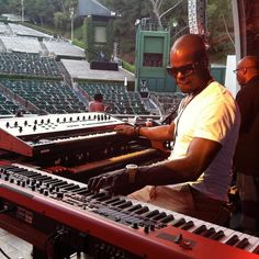 #TBT #SoundCheck got real good.. #Usher #BSTRONG #FRO #Nord #Moog #Keys #Organ #LiveMusic  @nordkeyboards by bstrongbrand