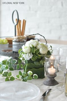 Table Decorations / Table Settings