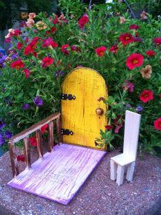Juntar la fantasía con nuestro jardín es todo un clásico, pasando por los enanitos hasta legar a las hadas. Y que mejor mane...