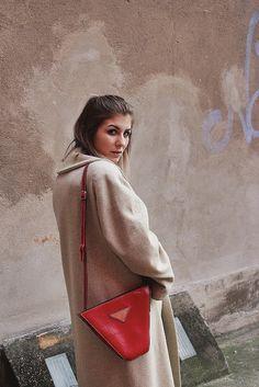 ohwyouknow: MBFW Berlin, Streetwear, Streetstyle, Nude, Tan Coat, Bally, Red Bag, OOTD, Fashion Blogger