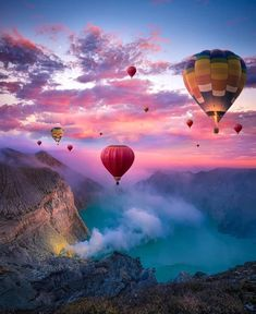 Hot air balloons in Indonesia via /r/pics Ballons Fotografie, Nature Pictures, Beautiful Pictures, Air Ballon, Hot Air Balloons, Travel Aesthetic, Belle Photo, Vacation Trips, Beautiful Landscapes