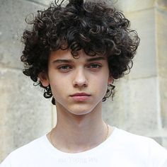 New Long Hairstyles, Boy Hairstyles, Cute Short Haircuts, Haircuts For Men, Gents Hair Style, Boys With Curly Hair, Long Curly Hair Men, Androgynous Hair, Beautiful Men Faces