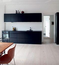 Appartement spacieux avec de hauts plafonds et de l'espace pour l'art - Boligliv