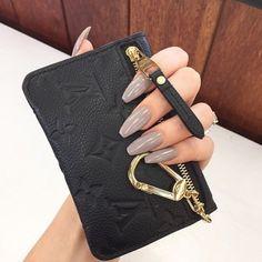 Louis Vuitton black empreinte key cles