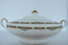 Thompson Aladdin China Serving Dish Covered by StoreFourandMore