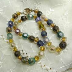 Beaded Necklace Unusual faceted Vintage Lucite by TobysArtwear