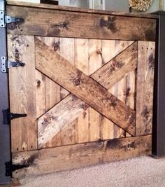 Keep your baby safe. Make your own baby gate! Baby Gate For Stairs, Baby Gates, Kids Gate, Pool Decks, Pallet Furniture, Home Projects, Future House, Entryway Tables, House Design