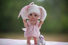 """*POLYMER CLAY ~ """"Barbie"""" and close not stand.  It is the pupa of polymer clay, as living!"""