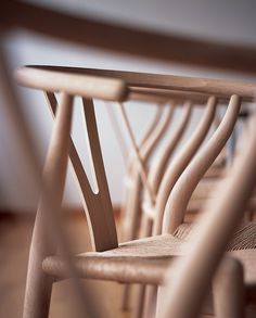 Shop of the Hans Wegner Wishbone Chair ( by Carl Hansen at Smart Furniture. Hans Wegner, Danish Modern, Mid-century Modern, Modern Design, Chair Design, Furniture Design, Danish Furniture, Cafe Furniture, Furniture Redo