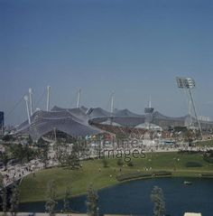 Olympiastadion in München, 1972 keberlein/Timeline Images #OlympicGames #Sommerspiele #Olympiade #Munich #Sport #Stadion #Olympiapark #Olympiastadion
