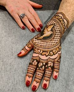 Mehndi holds a special significance in Teej celebrations. So we bring to you beautiful mehndi designs for teej festival celebrations. Latest Arabic Mehndi Designs, Latest Bridal Mehndi Designs, Henna Art Designs, Mehndi Designs For Beginners, Mehndi Designs For Girls, Dulhan Mehndi Designs, Beautiful Henna Designs, Latest Mehndi Designs, Stylish Mehndi Designs