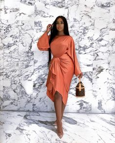 2019 Lovely and Exceptional Asoebi Styles Diyanu - Aso Ebi Styles Dressy Outfits, Chic Outfits, Fashion Outfits, Latest African Fashion Dresses, How To Pose, Classy Dress, African Dress, The Dress, Foto E Video