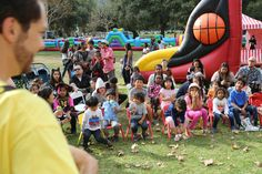 With the fall weather in town, Sri Lanka Foundation brought together kids of all ages from around California for the second successful 'Family Fun Day on a Sunday – Halloween Carnival. The colorful carnival was held at Brookside Park in Pasadena on Sunday October 23rd, 2016 from 12:00 noon to 6:00 pm.