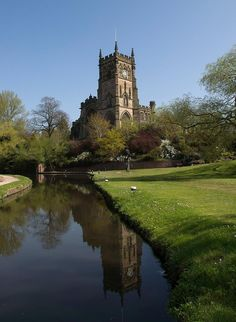 St Mary's Church and the Staffordshire Worcestershire Canal, Kidderminster.