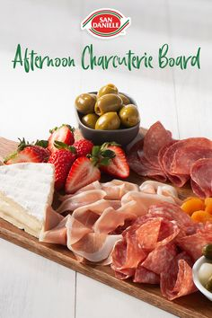 Antipasto, Charcuterie Board Meats, Great Recipes, Favorite Recipes, Brunch, Appetisers, Party Snacks, Creative Food, Appetizer Recipes