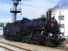"""MÁV 411.118 (ex-USATC S160) """"Truman"""" Old Trains, Thomas And Friends, Train Car, Steam Engine, Steam Locomotive, Commercial Vehicle, Travel Style, Vintage Cars, Peace"""