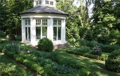 Clive Nichols Photography      Are you like me, do you love boxwood surrounding your home in your landscape?         I was first intr...
