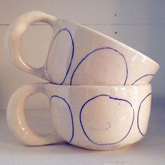 Still Life, Textiles, Interior Design Ceramic Clay, Ceramic Pottery, Pottery Art, Ceramic Tableware, Cute Mugs, Clay Crafts, Clay Art, Sculpture, How To Make