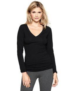 Pure Body long-sleeve V-neck tee Product Image