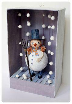 Little Treasures: 8 Fabulous Ideas for Christmas Dioramas – Handwerk und Basteln Diy For Kids, Crafts For Kids, Diy And Crafts, Paper Crafts, Snowman Crafts, Christmas Art, Box Art, Shadow Box, Craft Projects