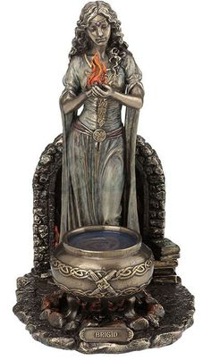 Brigid Figurine / Altar Statue / Wicca / Druidry / Nemesis Now / Witchcraft Brighid Goddess, Celtic Goddess, Celtic Christianity, Celtic Paganism, Magia Elemental, Irish Mythology, Triple Goddess, Hearth And Home, Gods And Goddesses