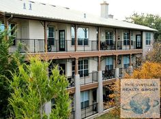 Check out this 2 beds South River City apartment on Zumper