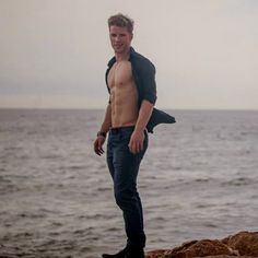 #philipe belanger story - Αναζήτηση Twitter Hot Cowboys, Muscle, Blazer With Jeans, Male Torso, Le Male, Male Physique, Sexy Men, Sexy Guys, Male Models