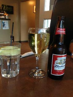 Chardonnay, Budwieser and a great glass of ice cold water with lemon! Tornado  |   Portage la Pr