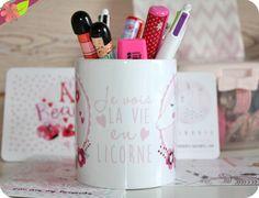 "Mug ""Je vois la vie en Licorne"" par Kriboute"