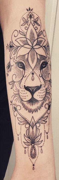 50 eye-catching lion tattoos that make you want to ink - kick .- 50 auffällige Löwentattoos, die Lust auf Tinte machen – KickAss Things Ornamentic – diy tattoo image 50 eye-catching lion tattoos that make you want to ink KickAss Things Ornamentic - Hand Tattoos, Neue Tattoos, Body Art Tattoos, Sleeve Tattoos, Maori Tattoos, Tatoos, Trendy Tattoos, Popular Tattoos, Small Tattoos