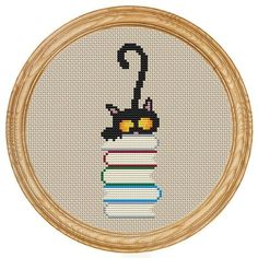 Punto De Cruz Cross Stitch Pattern PDF cat and books - Included in the pdf file: - Black Cat Cross Stitches, Cross Stitch Books, Cross Stitch Bookmarks, Cute Cross Stitch, Cross Stitch Animals, Cross Stitch Charts, Cross Stitch Designs, Cross Stitching, Cross Stitch Embroidery