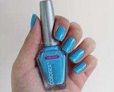 Bruna Virgínia da Silva Unha da semana com esmalte azul Colorex- Cosméticos Marú