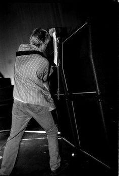 Kurt Cobain Nirvana destruction