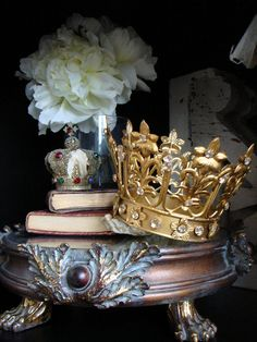 A crown fit for a Queen by Alys Geertsen, via Flickr